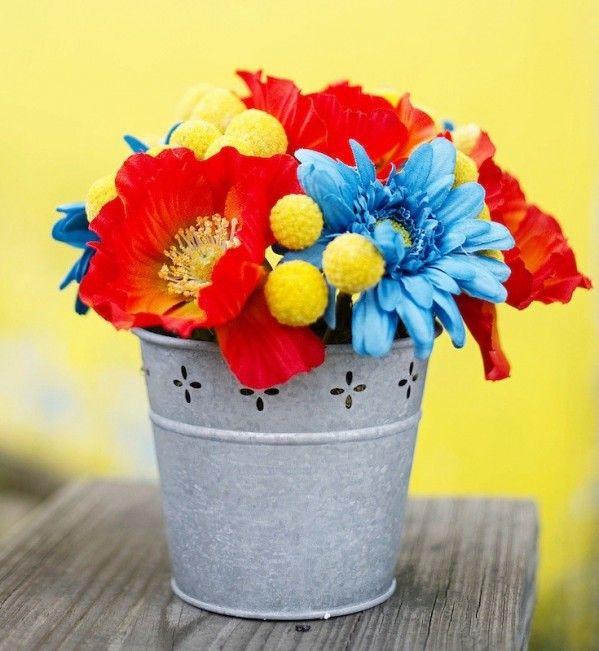 Retro Wedding Flower Centerpiece