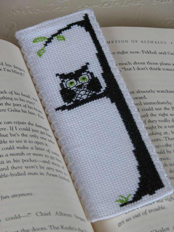 Patrón Bookmark Punto de Cruz: Owl Be Watching You (Immediate Descargable PDF)