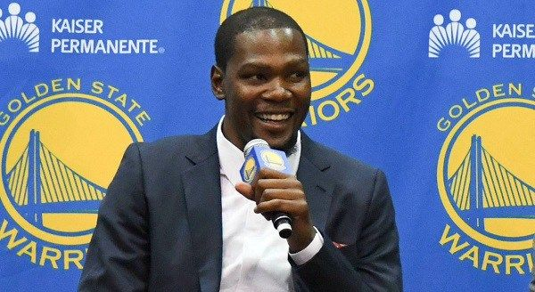 Kevin Durant: Warriors may be passing too much - http://www.truesportsfan.com/kevin-durant-warriors-may-be-passing-too-much/