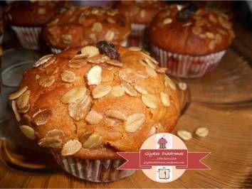 Apple cinnamon cupcakes / glykesdiadromes.wordpress.com