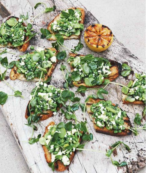 A Love For Food Cookbook: Broad Bean, Pea, Mint  Feta Toasts.