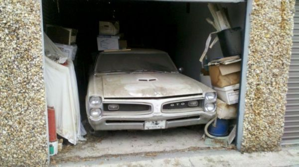 Storage Unit Find: 1966 Pontiac GTO