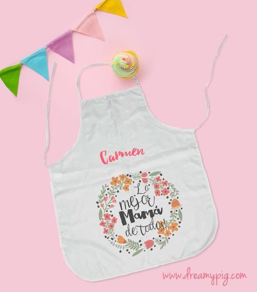 8834d3a61e8 Personaliza el delantal para Mamá en su día. Regala algo que usará casi a  diario