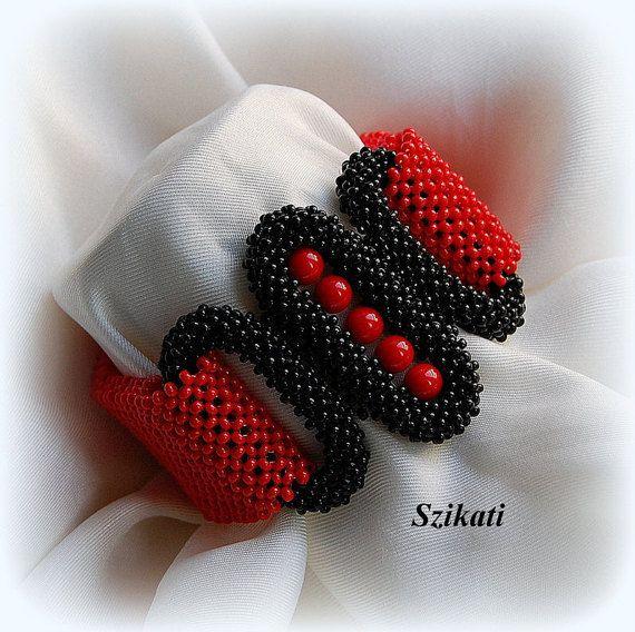 Red/Black Beaded Cuff Bracelet, Statement Bracelet, Seed Bead Bracelet, Art Beadwork Bracelet, CRAW, Unique Gift, Beadwoven Jewelry, OOAK
