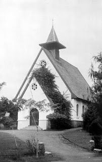 Foto-Foto Gereja Di Bandung Tempo Dulu