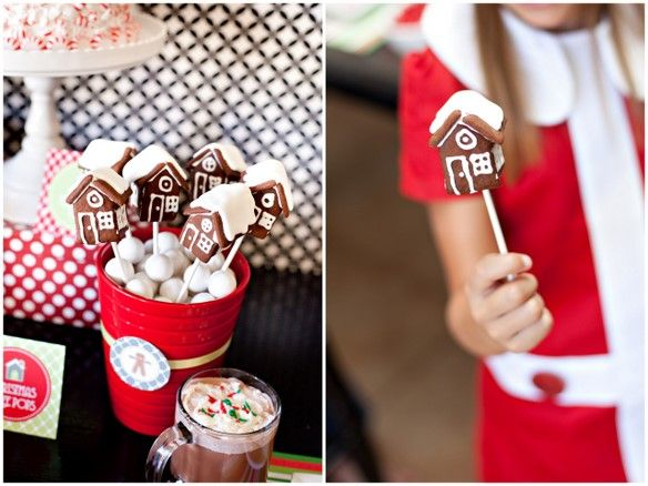 LOVE these GINGERBREAD HOUSE CAKE POPS from The Tomkat Studio on www.karaspartyide...