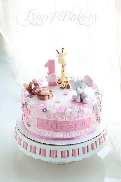 Giraffe Birthday Cake Images
