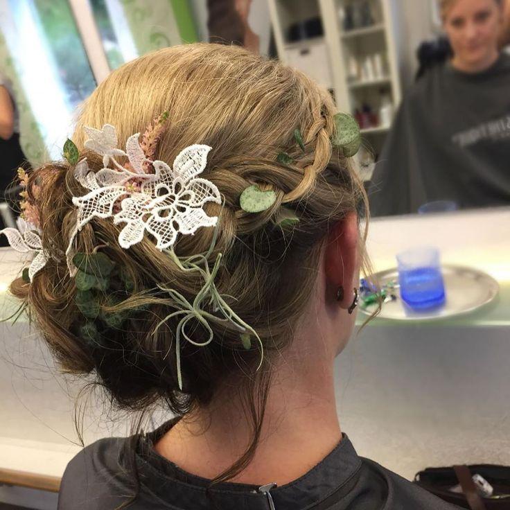Brautfrisur Made By Jasmin Eggimann Nbsp Nbsp Shapehair Nbsp Nbsp Nbsp Nbsp Flechten Nbsp Nbsp N Wedding Hairstyles Ghd Hair Wedding