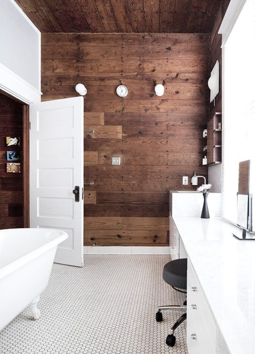 Houtlook tegels badkamer, keramisch parket