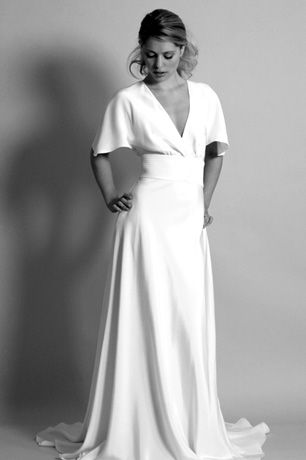 Forties vintage inspired wedding dress style for vintage bridal silhouettes based on 1940s wedding dress designs
