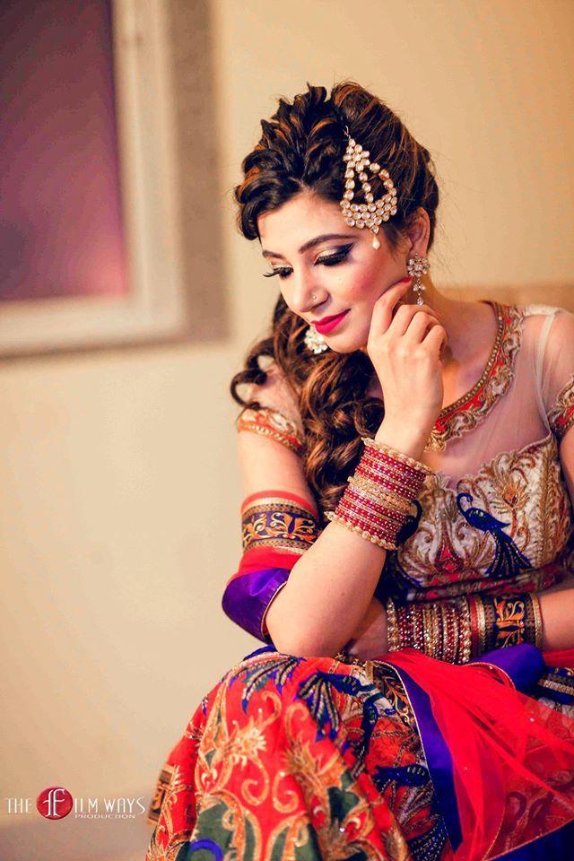 Idea for a gorgeous make-up  Photo by:The Filmways Production, Delhi #weddingnet #wedding #india #indian #indianwedding #weddingdresses #mehendi #ceremony #realwedding #lehenga #lehengacholi #choli #lehengawedding #lehengasaree #saree #bridalsaree #weddingsaree #photoshoot #photoset #photographer #photography #inspiration #planner #organisation #details #sweet #cute #gorgeous #fabulous  #stylist #hairstyle #eyes #lips #muah #makeup #bridalmakeup