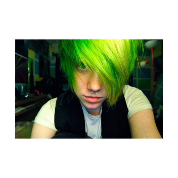 cute, emo boy, green hair, septum ❤ liked on Polyvore