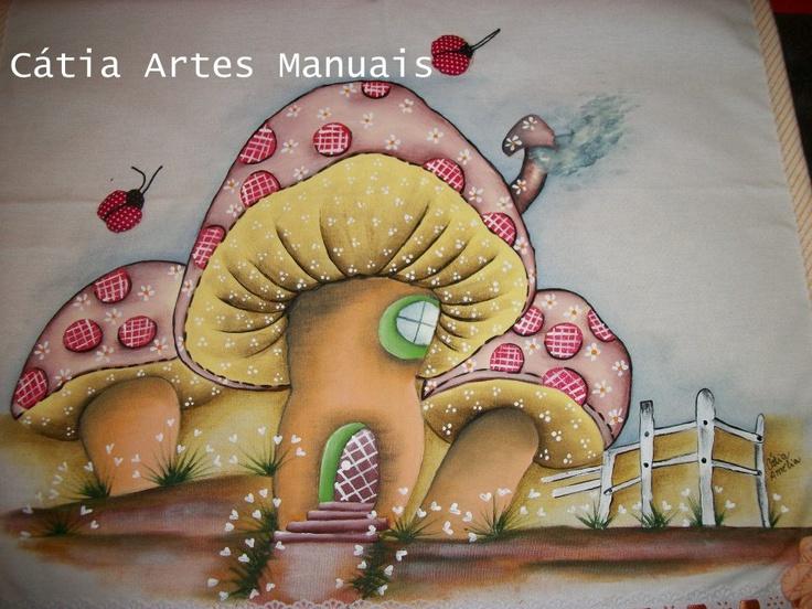 Cogumelos Country com passo a passo da pintura no meu site  http://www.catiaartesmanuais.com/