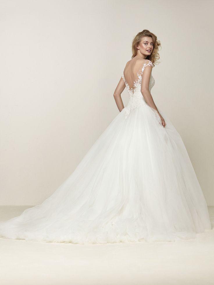 Drosel: Romântico e majestoso vestido de noiva princesa - Pronovias | Pronovias