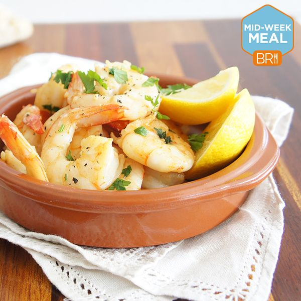 These quick and easy garlic prawns will have dinner on the table in a flash!
