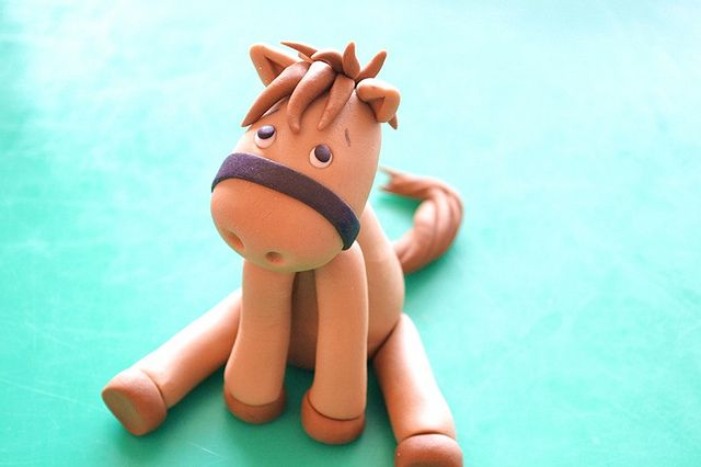 Gumpaste baby horse by deborah hwang, via Flickr