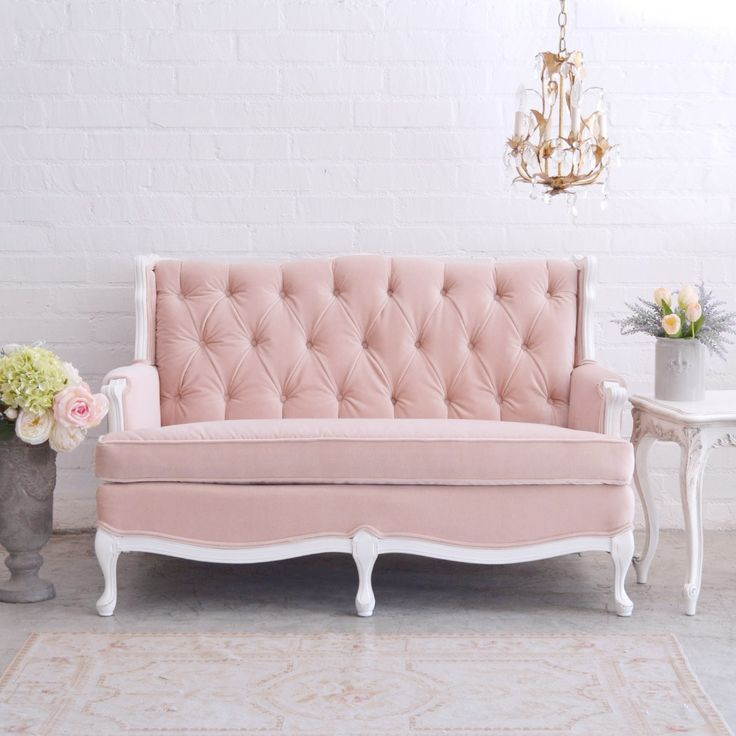 Best 25+ Shabby chic couch ideas on Pinterest   Shabby ...