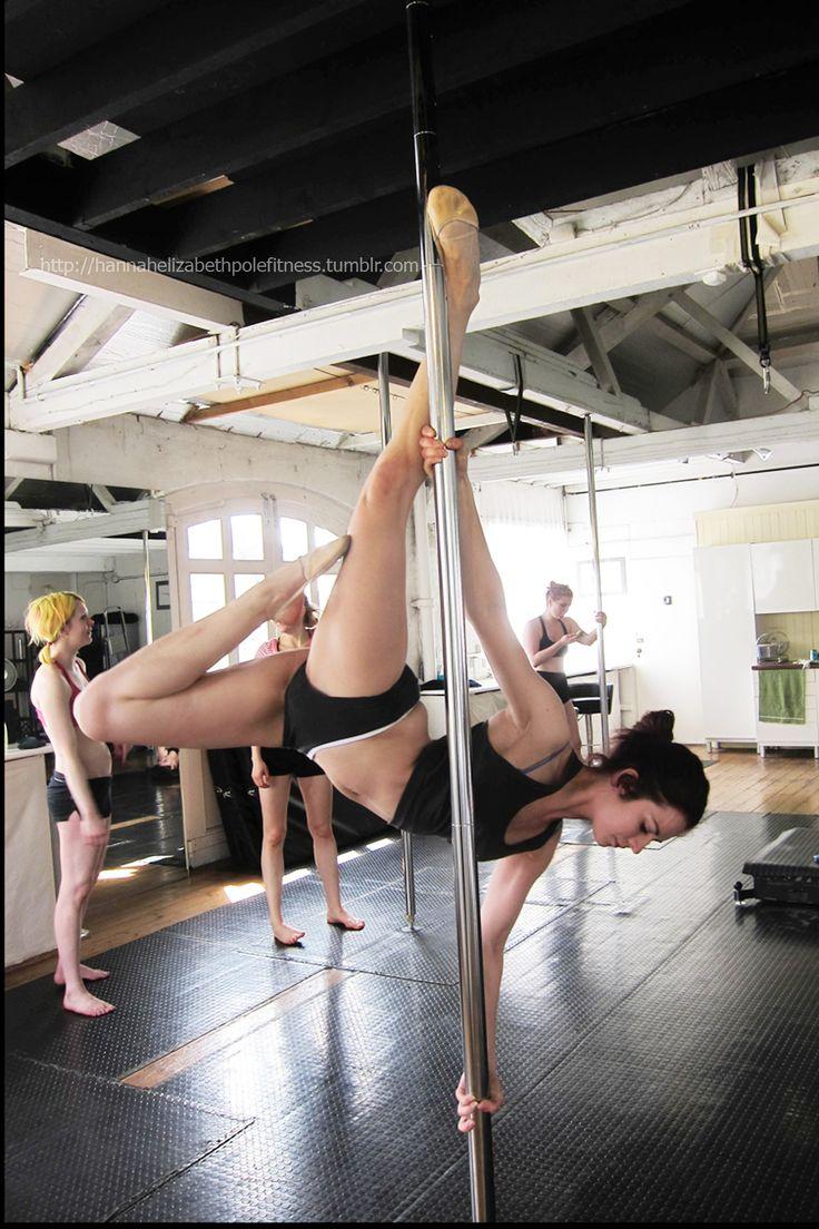 Pole Moves: Le Poisson - such a pretty trick!