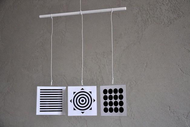 Karuzela Mobile Montessori 1 | czerń i biel | beta - misticODDMENTS - Karuzele dla niemowląt