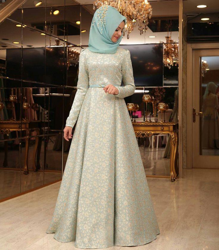 Pinar Sems Blue Dress 💙💙💙💙 Price 110 Euro For Information and order..you write message (dm)  #modaufku #modaufkuhijab #tesettür #hijab #hijabfashion #islamic #hijabi #hijaber #dress #abaya #elbise #abiye #pudra #annahar #pınarsems #gamzepolat #trend #mağaza #kombin #wear #weding #hijabwear #tesettürkombin #woman #islamicwoman #reddress #red #turkey