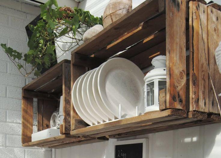 O bom e velho caixote de madeira pode ser o 'tchan' que faltava na sua casinha