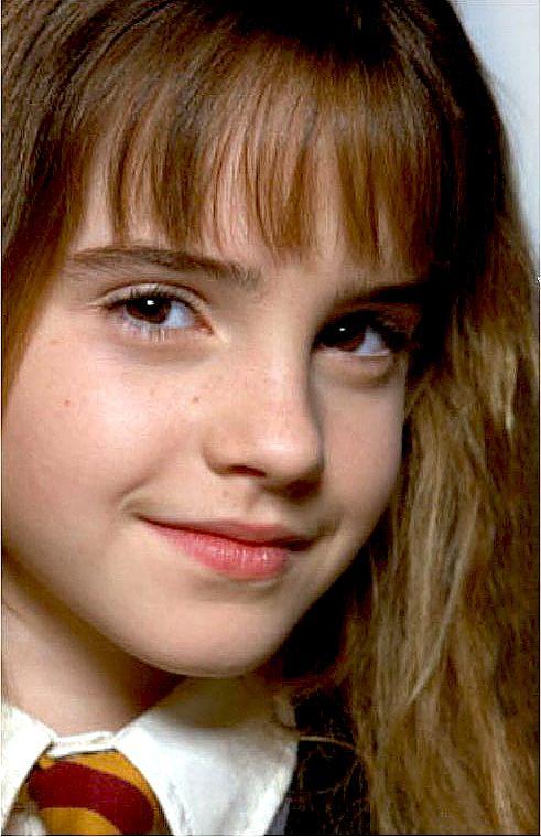 Young Emma Watson  Emma Watson In 2019  Demi Lovato -6820