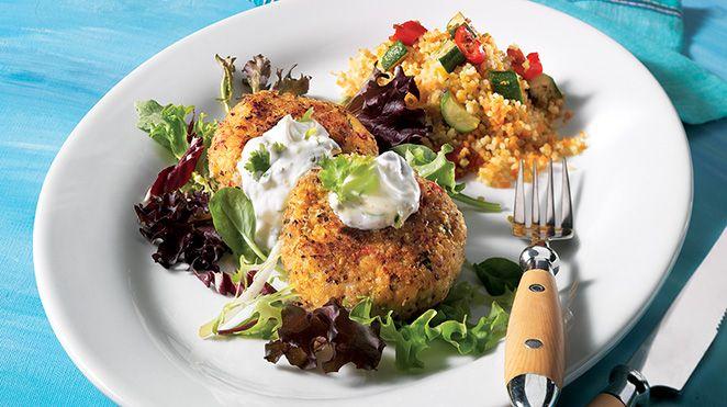 Croquettes de pois chiches au cari, sauce au yogourt | Recettes IGA | Légumineuses, Galettes, Recette facile