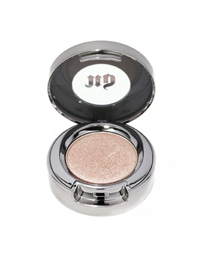 MAKEUP Urban Decay Eyeshadow in Sin. This supersheer taupe is infused with just enough shimmer to make eyes sparkle and shine, and the fine powder doesn't crease or cake.