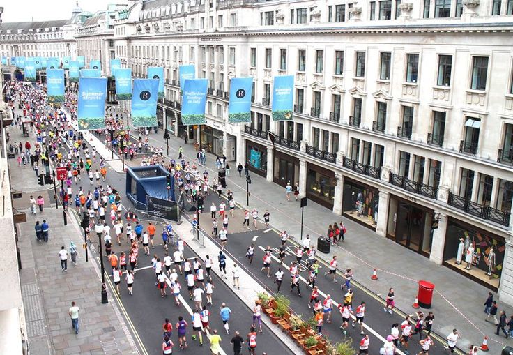 Health Kick week got London moving at #SummerStreets on Sunday. The British 10k powered through #RegentStreet and visitors tested their skills with the England Hockey and Harlequins Rugby Union teams. http://bit.ly/1kieXVC