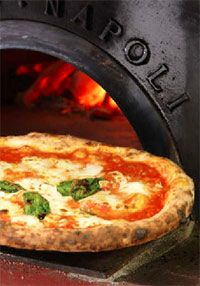 Margherita, pizza Napoletana #italianfood
