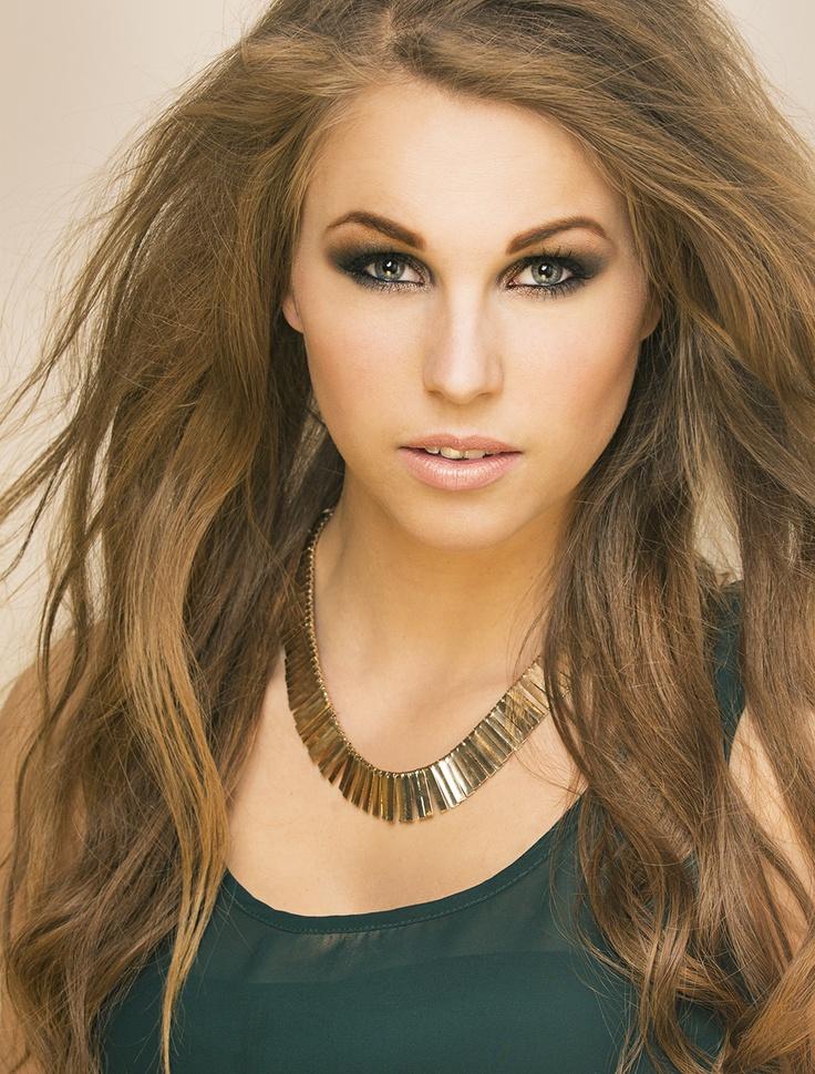 Hair/makeup/styling : Emilie E. Larsen Photo: Stian Gregersen: Modell: Emilie Holene    #Beauty #makeup #hair #sexy