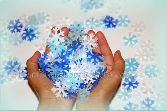 1600 Handmade Snowflakes Tissue Paper Confetti by DyanisMemoryBox  ***OMG we can use these to glue on the side of the glass candle jars!!!****