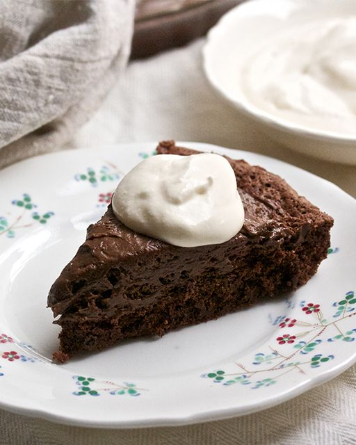 Chocolate Mousse Pie - Airy chocolate mousse fills a chocolate crust ...