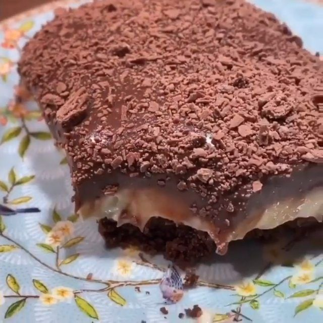 Mariam On Instagram للأعلان دايركت فقط للعراق لاتنسو تابعو حسابي F O O Db الوصفة حلا بارد يسرسح سهل وسريع بدون فرن Food Desserts Brownie
