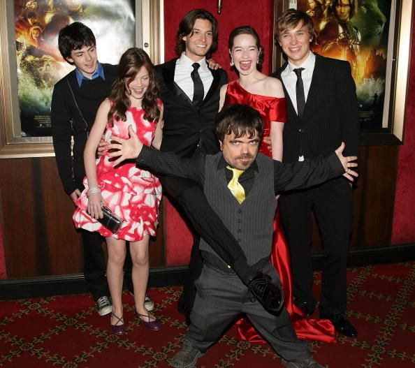 Actors Skandar Keynes Georgie Henley Ben Barnes Peter Dinklage Anna Popplewell and William Moseley attend the world premiere of 'The Chronicles of...