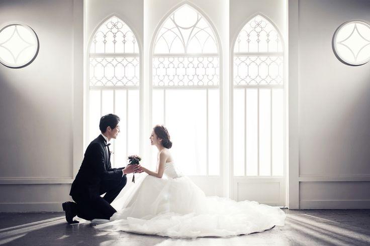Korea Pre-Wedding Photography in Studio & Dosan Park, Seoul by May Studio on OneThreeOneFour 15