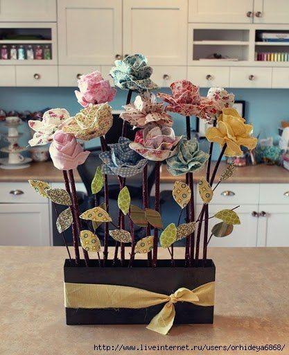 Jemné látkové kvety s vlastnými rukami