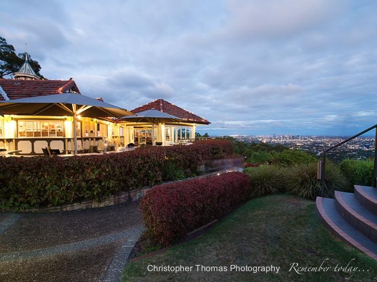 Brisbane Wedding Photographer - Summit Restaurant, Christopher Thomas Photography