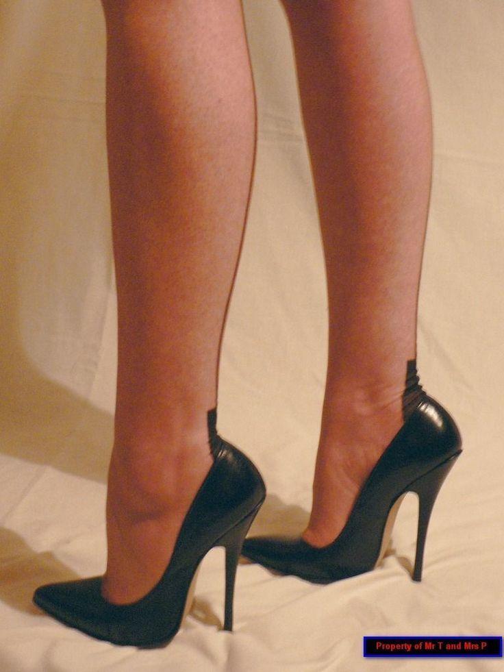 Cleo High Heels : Photo #shoeshighheelsbeautiful #blackhighheelspumps #highheelsphotography