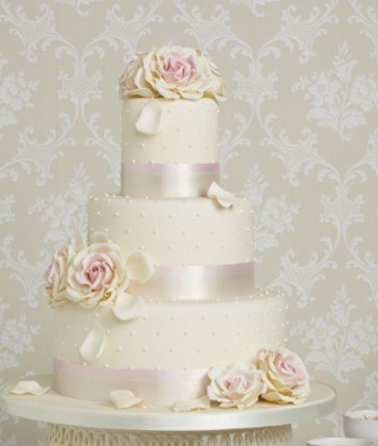 Villaperlesukker har lovet å lage bryllupskake til bryllupet vårt <3