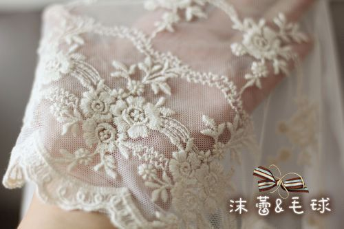 Vintage Lace Trim ,Scalloped Cotton Embroidered Lace Fabric Trim Exquisite Beige Floral Lace Trim(China (Mainland))
