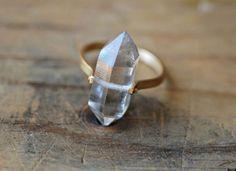 anillo piedra en bruto