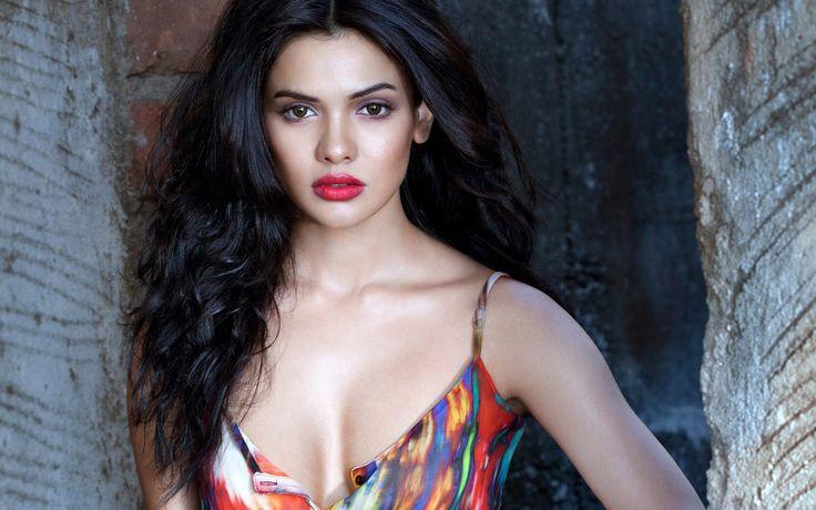 Actrice pakistanaise Sara Loren Wallpapers | HD Fonds d'écran