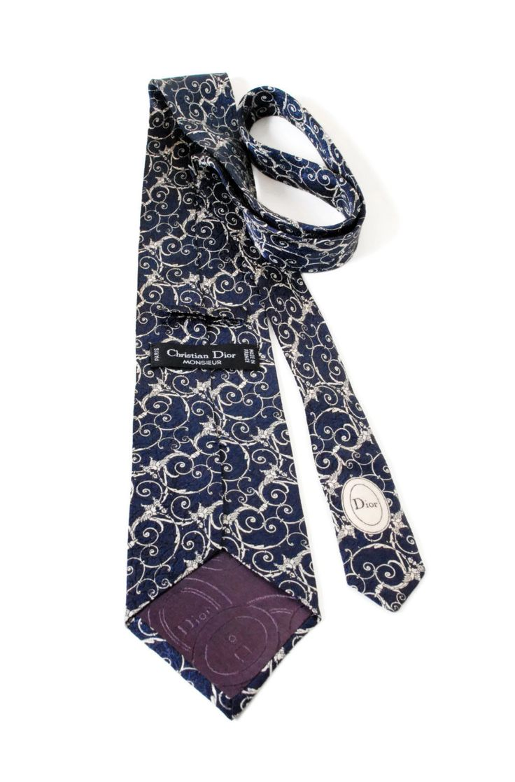 Silk Tie/ Elegant Style, Blue Tie/ Vintage Man's Accessories/ by SixVintageChicks on Etsy