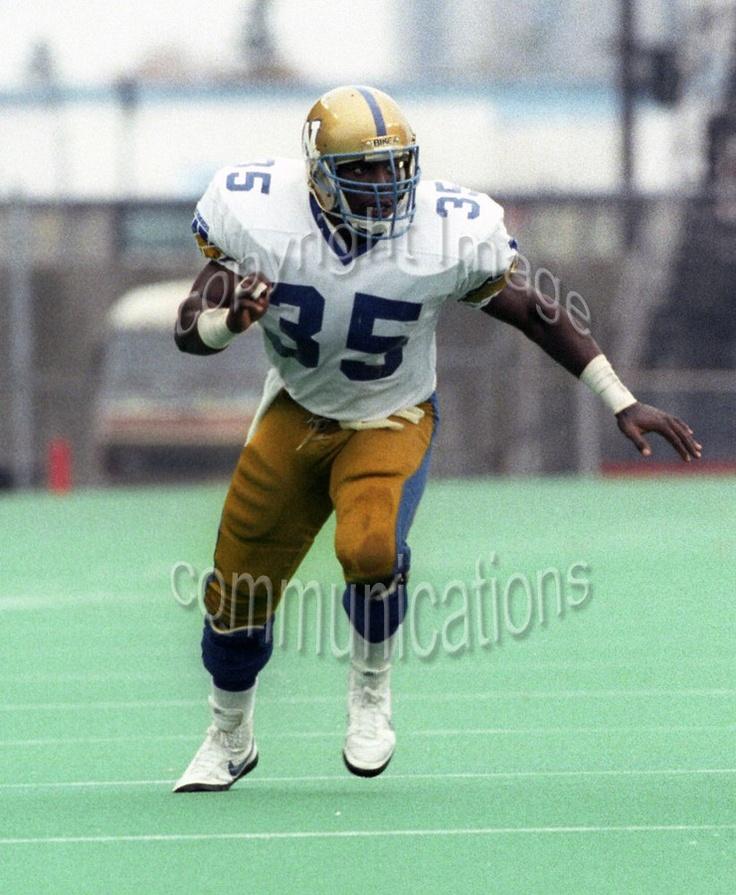 Tyrone Jones Winnipeg Blue Bombers 1986. Photo F. Scott Grant