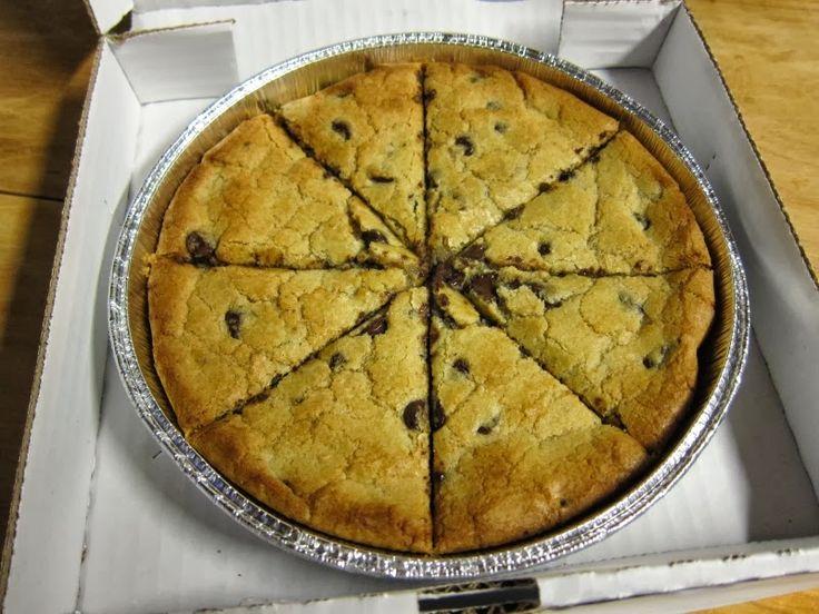 Papa John's Pizza Copycat Recipes: Mega Chocolate Chip Cookie