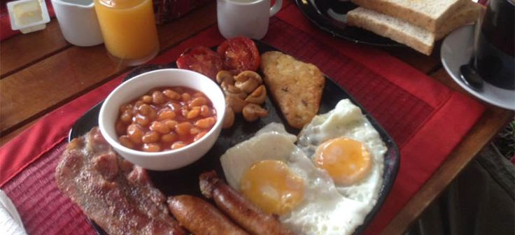 Full English Breakfast a popular choice at Samui Sausages Cafe. Healthy options available.http://www.welovekohsamui.com/listing/samui-sausages-cafe-lamai/
