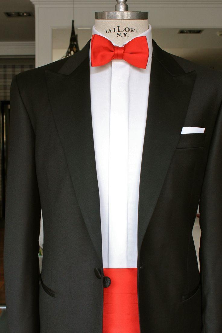 https://www.facebook.com/media/set/?set=a.10153525481299844.1073742514.94355784843&type=3  #fashion #style #menswear #mensfashion #mtm #madetomeasure #buczynski #buczynskitailoring #dormeuil #amadeus365 #suit #tailoring #tuxedo #blacktie