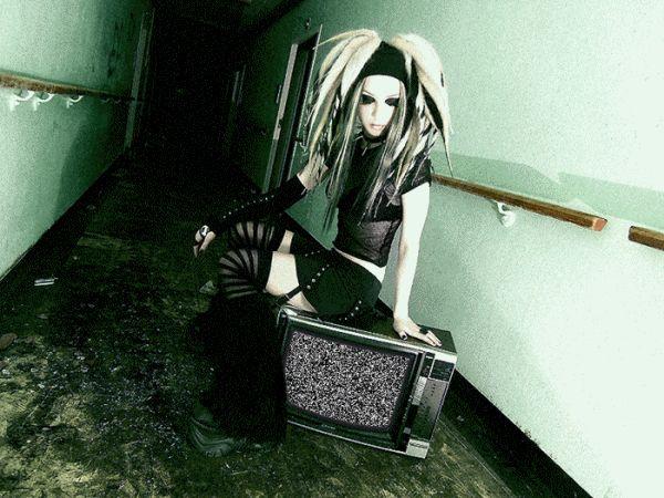 cyber goth raver | ... de cyberpunk goth raver et rivethead mode contrairement aux goths