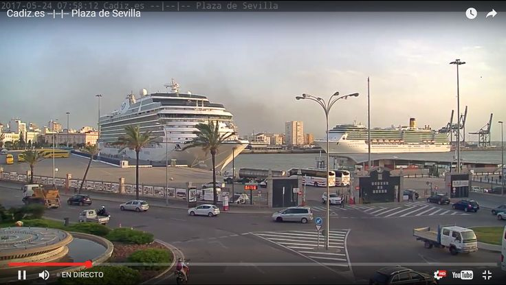 Webcam en directo de la Plaza de Sevilla en Cádiz, con la terminal de cruceros al fondo de la imagen